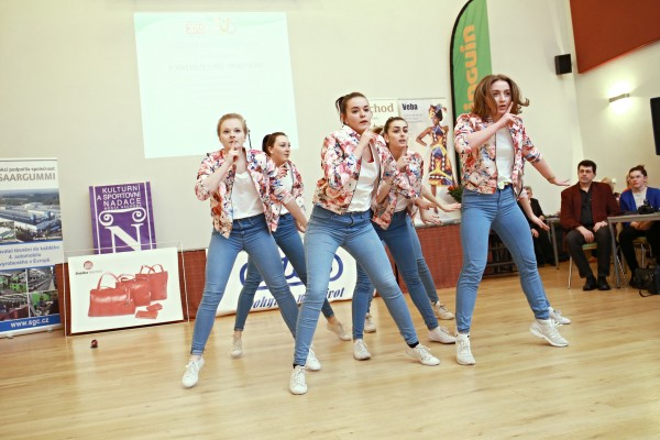 Vystoupení taneční skupiny Gold Edition